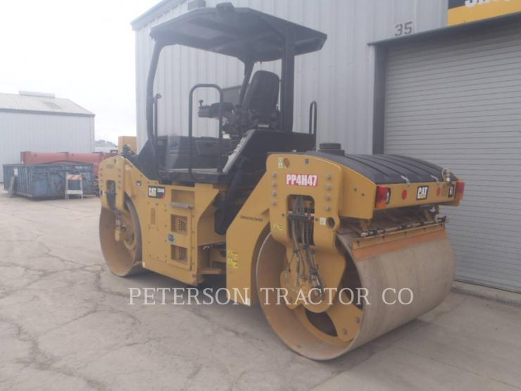 2015 CATERPILLAR CB44B