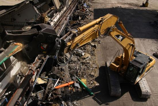 Multi-Processors with Shear Jaws are ideal for primary demolition.